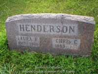 108b_laura_chris_henderson